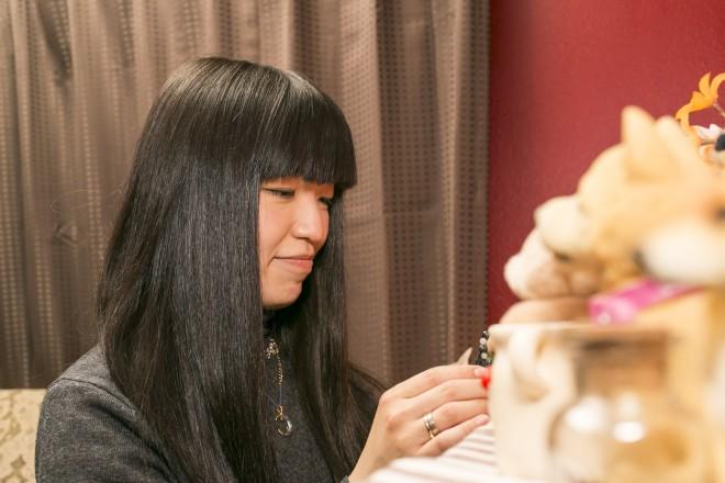モナさんは、卒業後、長野のアンティーク雑貨のお店に勤務