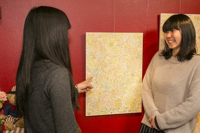 「ルーブル」は、絵と共に生活する暮らしを提案するお部屋。